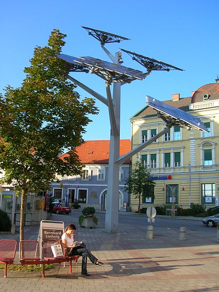 solartree_in_Gleisdorf